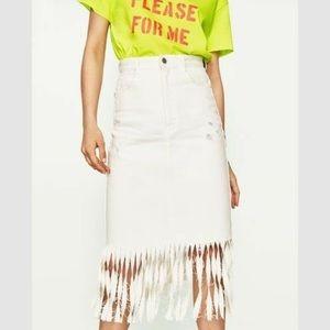LIKE NEW Zara white denim midi skirt with fringe